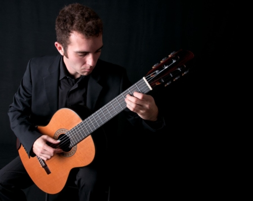 Guitarist-Josh-Jones